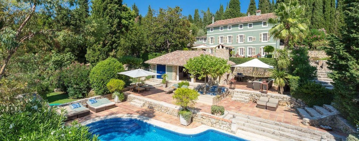 Exceptional Luxurious Grand Paradise Near Cannes