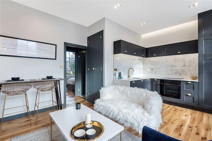 Designer Islington Apartment - 15 mins to central