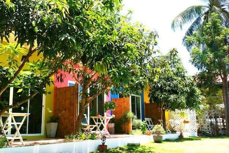 Namaste Resort, Sam Roi Yot Beach - Sam Roi Yot