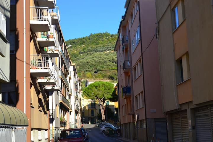 Spazioso appartamento vicino al mare in Liguria