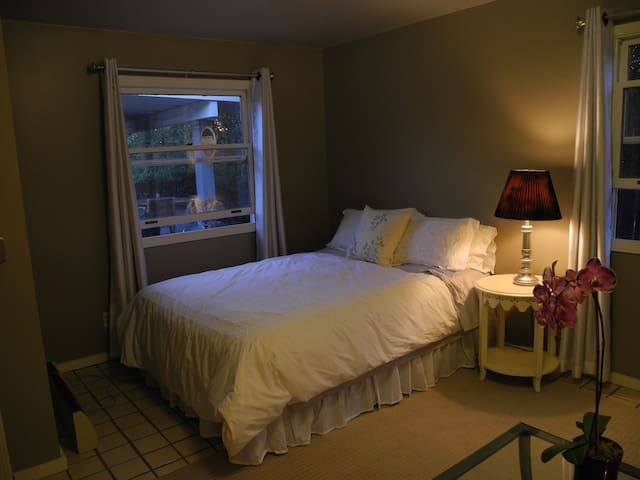 Quiet Private studio near Apple HDQ - Cupertino - Guesthouse