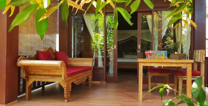 Secluded Jungle Villa #4
