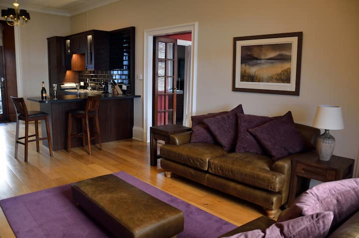 Ben Vheir Luxury Lochside Apartment Glencoe