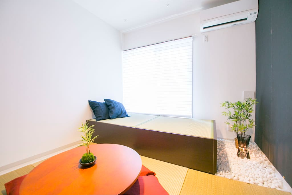 Japanese modern style 1BR apartment space