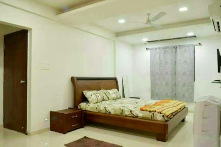 3bhk penthouse- plus samudra resort ner sula wines