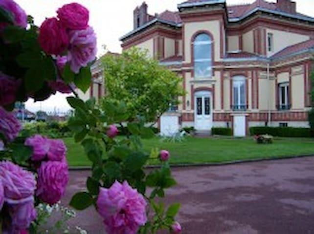 Suite 4 pers dans demeure de charme - Carentan - Bed & Breakfast