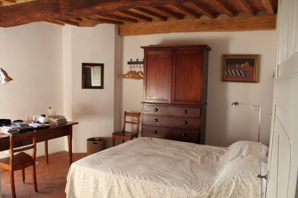 Charming two bedroom house case in affitto a for Piani a pianta aperta