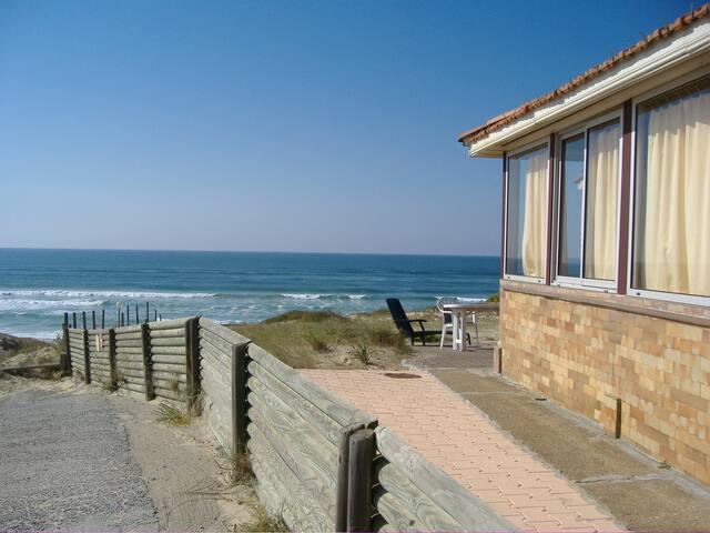 Vue mer : Maison Gourbets Apt 1