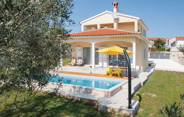 Villa Marasi A6 - Vrsar - House