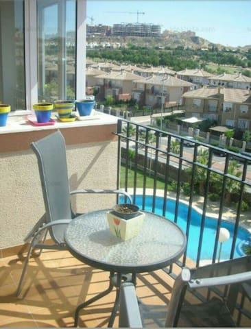 Apartamento con 2hab. y piscina - Altorreal - Appartement