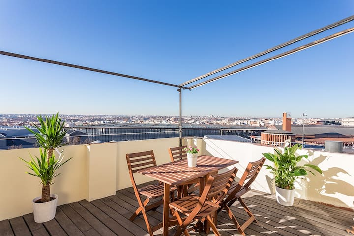 Central penthouse, comfortable and bright - Madri - Casa
