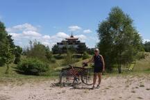 Nabijgelegen (7 km) Boedhistische tempel