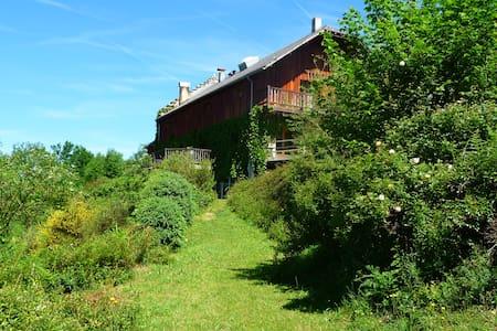 Gîte La Comté , à Cominac - Seix - Alpehytte