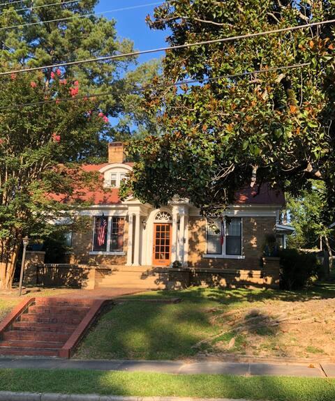 Estate 128 Camden, Arkansas
