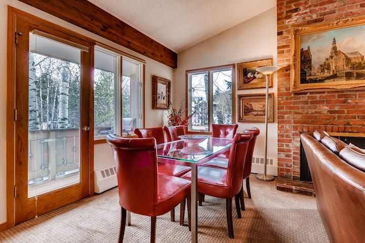 Beautiful Condo with loft, walk to Ski School and Vail Village | VTE6