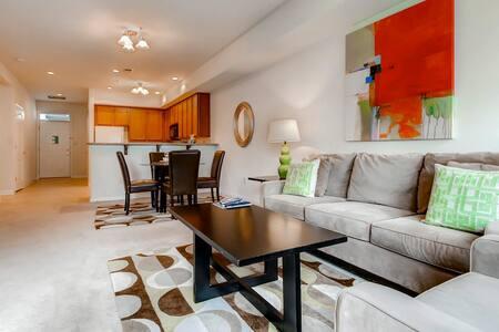 Modern Furnished 2Bedroom Princeton Apt - Принстон - Квартира