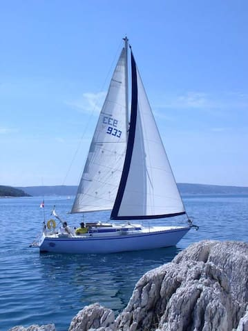 Beautiful adventure with a sailboat - Vrboska - Barca