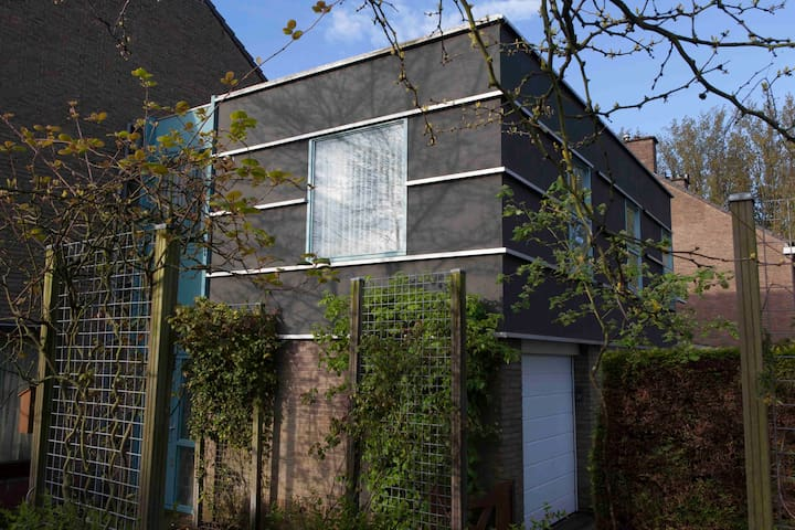 Luxurious private 2 room Apartment in Delft - デルフト - アパート