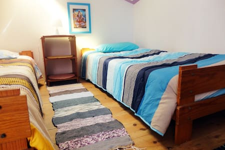 West Coast Beach Hostel  - Peniche - Talo