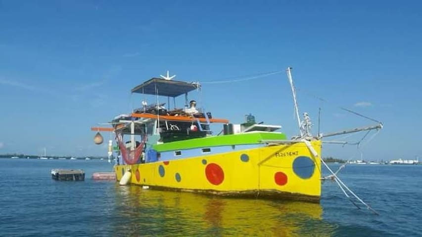 Unique Key West Liveaboard Boat.