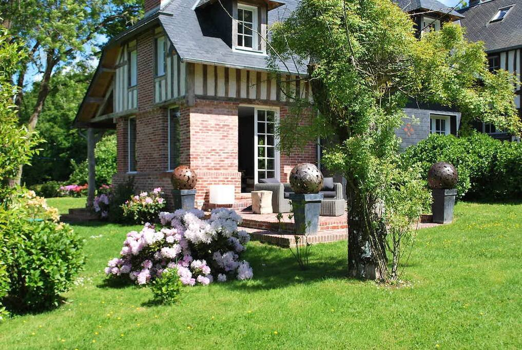 maison normande 20mn deauville maisons louer bonnebosq basse normandie france. Black Bedroom Furniture Sets. Home Design Ideas