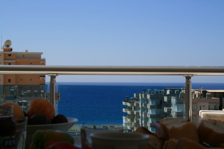 2-bedroom flat with beachview - Mahmutlar - Apartment