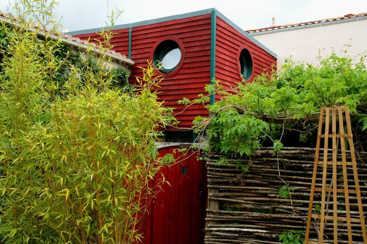 Gite : la maison du chat bleu