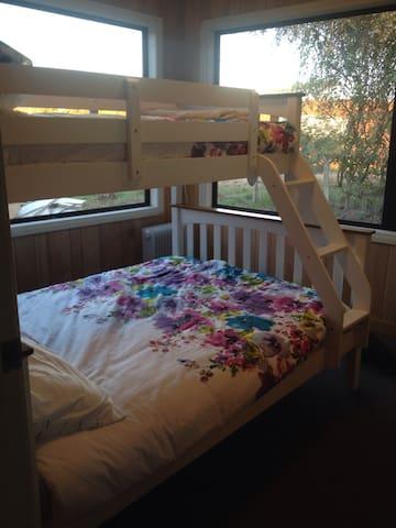 Bunk bed room .Sleeps 3