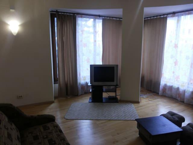 Ивано-Франковск в район Центра 2 к - Ivano-Frankivsk - Apartment
