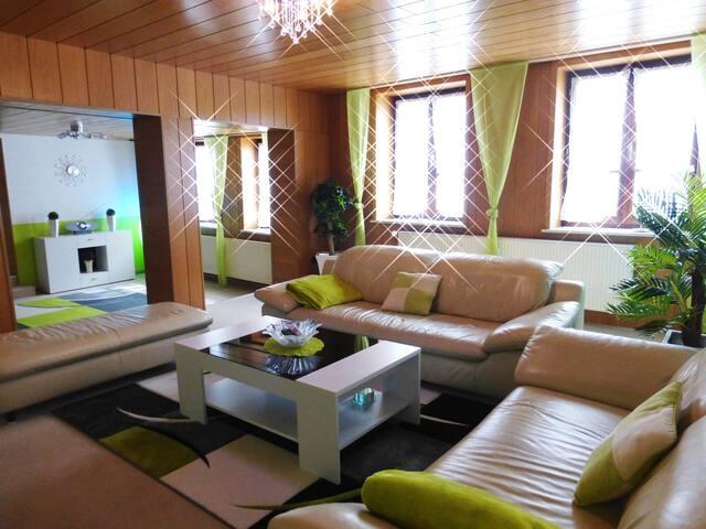 100qm  Ferienwohnung in Rinteln - Rinteln - Apartemen