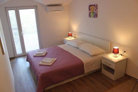 Apartments Mateljak no5
