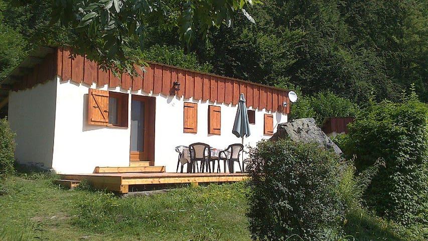 Allemond.  Region Alpe d'Huez - Allemont - บ้าน