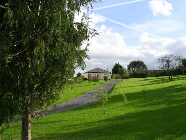 Holiday Chalet in Rural Somerset - West Lyng - Hus