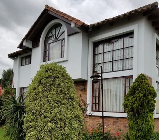 Outstanding House in the Countryside of Bogota!