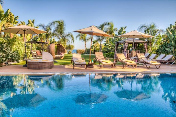 Villa Oceanus 2 - Ayia Napa - Huis
