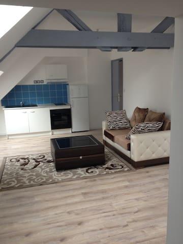 Meublé neuf 25 m2 Coeur de ville - Mer - Lägenhet