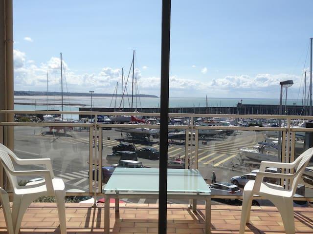 2 pièces 41 m2 vue mer avec balcon