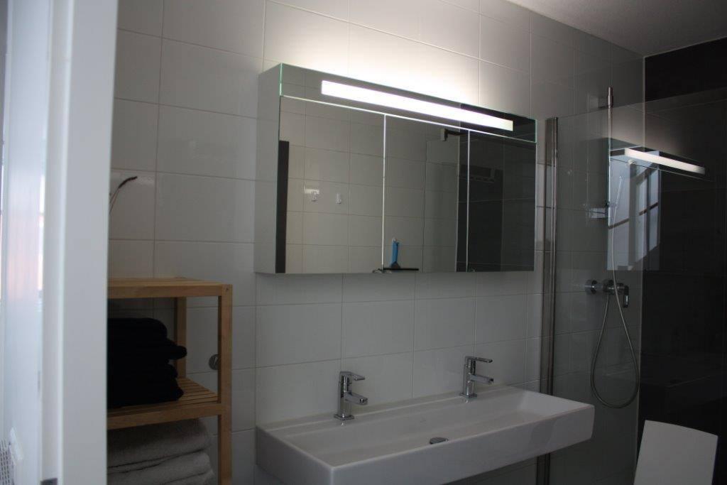 Big modern Bathroom