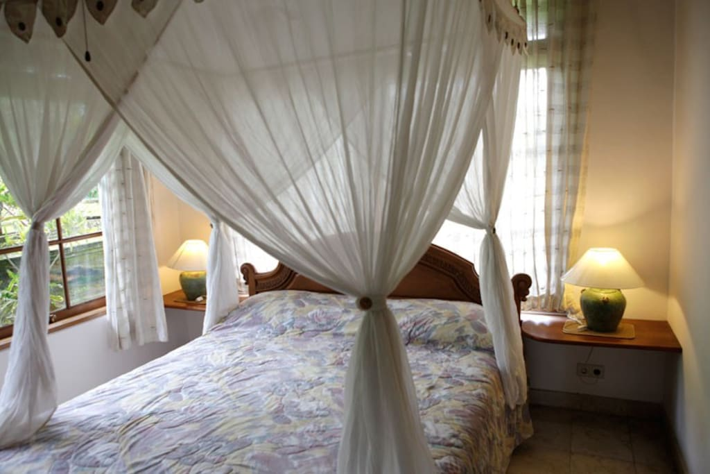 Villa Frangipani Second Bedroom