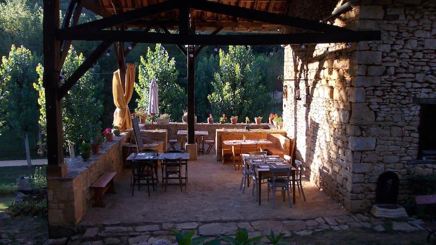 Maison en Périgord : La Bessoulière - Besse