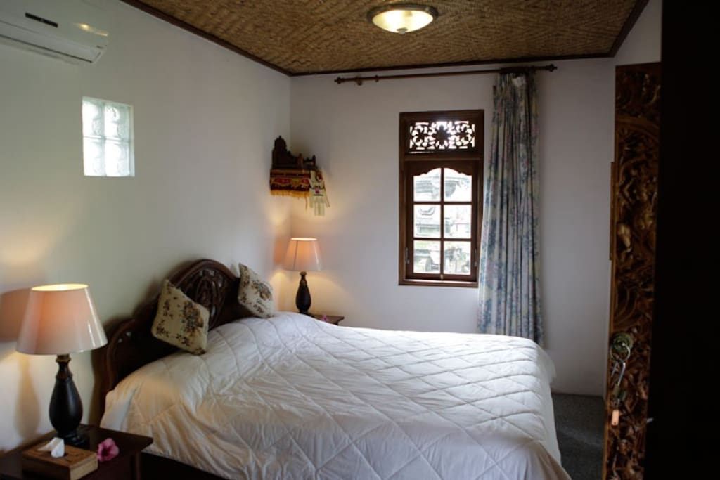Villa Lotus Bedroom