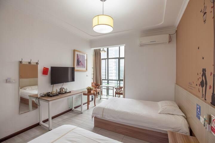 舞阳坝高楼层双床房 温馨明亮简洁 安静空气好视野开阔