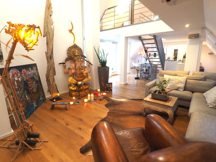 HISTORIC CENTER AT DOM - 220 M2 PENTHOUSE
