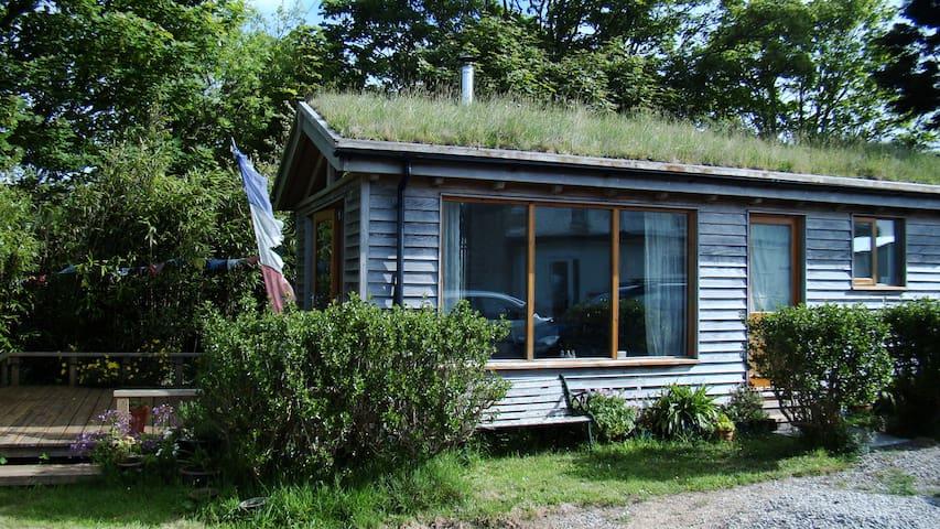 Cabin in the Garden. Sunny aspect - Saint Buryan - Srub