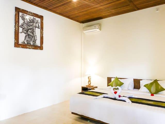 mesari house jempiring room