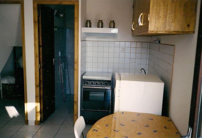 petit studio - Castellane - Huoneisto