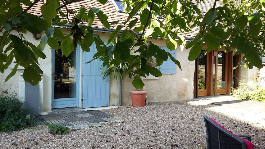 Lovely house in the country - Sasnières - Talo