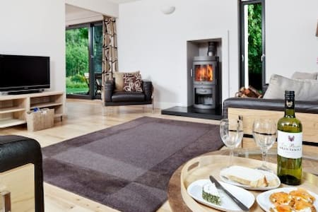 Peffer Lodge Luxury Self-catering in Strathpeffer - Strathpeffer - 独立屋