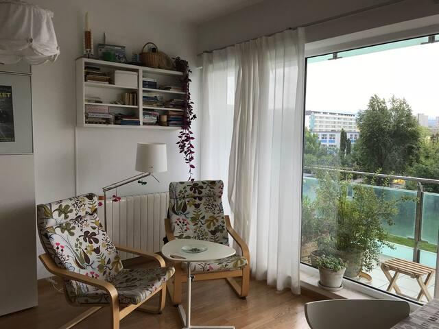 Sparkling clean apartment with underground parking