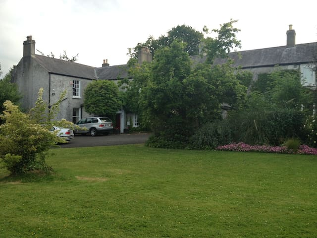 Ashling House Bed And Breakfast Dublin